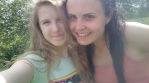 Manu meitiņu - Elizabetes un Lindas selfijs