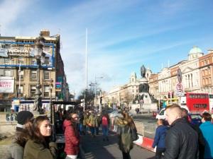 Dublinas centrs vienmēr cilvēku pilns